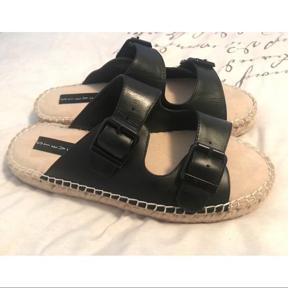d9ac3b931b13 New Steven by Steve Madden Leather Black Sandals 9.  M 5b9b0fe7409c1563a4b5c140